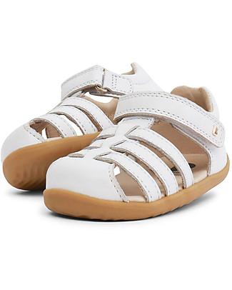 Bobux Sandalino Step-Up Jump Ragnetto, Bianco - Super flessibile, perfetto per i primi passi! Scarpe