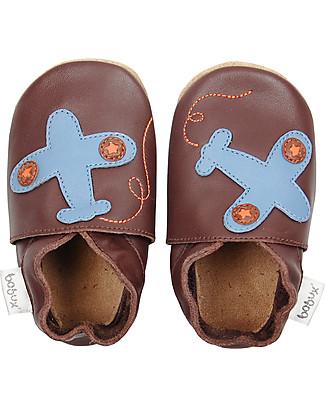 Bobux Scarpina Soft Sole, Color Cioccolato con Aeroplanino - La cosa migliore dopo i piedi scalzi!  Scarpe