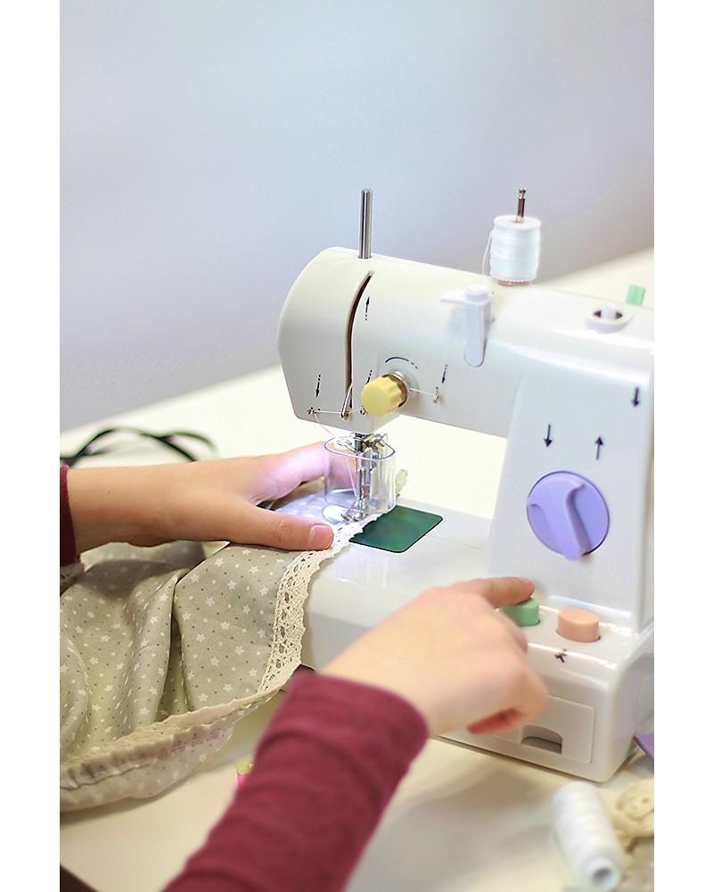 Cucito creativo per bambini giochi e accessori ie01 for Macchina per cucire per bambini