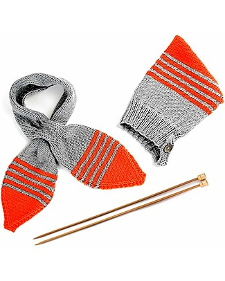 Family Nation + BettaKnit Hat and Scarf Knitting Kit Pixie Red – 100% Extrafine Merino Wool Scarves And Shawls