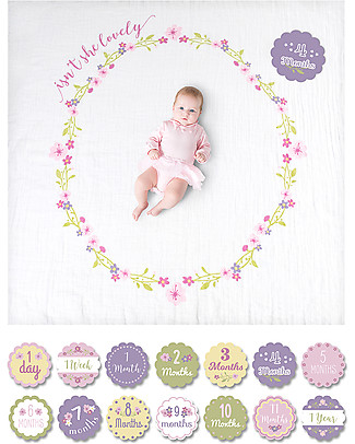 Lulujo Baby Kit Primo Anno - Copertina Swaddle in Mussola di Cotone + 14 Cards, Isn't She Lovely - Per i bebé più social! Copertine Swaddles