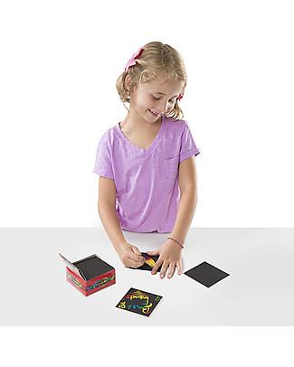 Melissa & Doug Mini Cubo Scratch Art Arcobaleno - 125 fogli da grattare! Colorare