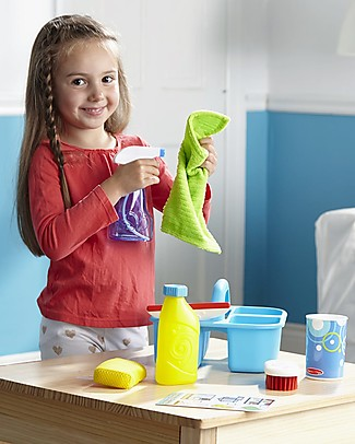 Melissa & Doug Cleaning Play Set - Let's Play House! - Motor Skills and Imaginative Play! Story Making Games