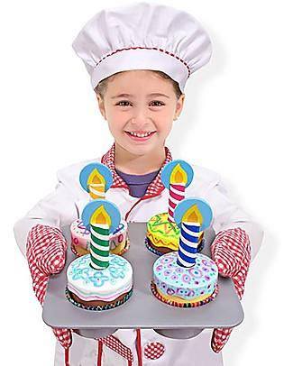 Melissa & Doug Set Cupcake in Legno - Con decorazioni e molti strumenti da chef! Construzioni In Legno