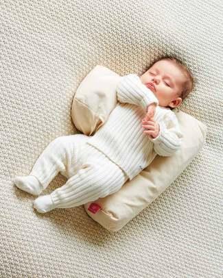 Nati Naturali Safe Sleep Pillow + removable cover - 100% Natural Spelt Wheat Husk & Organic Cotton Sleep Positioners