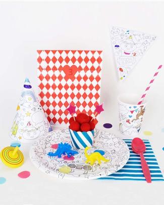 Omy 8 Cappellini per la Festa da Colorare (carta riciclata!) Regalini