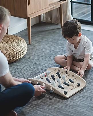 PlanToys Gioco da Tavolo in Legno, Soccer - Ecologico e divertente Giochi Da Tavolo