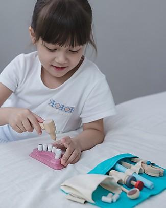 PlanToys Set Gioco in Legno Borsa del Dentista Giochi Per Inventare Storie