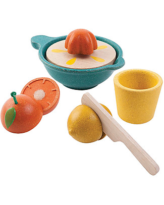 PlanToys Wooden Juicer Set - Eco-friendly and funny! Story Making Games
