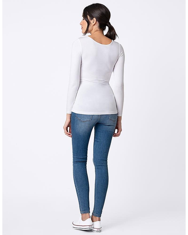 Donna in maglia a manica lunga Maglia bianca, pantaloni blu
