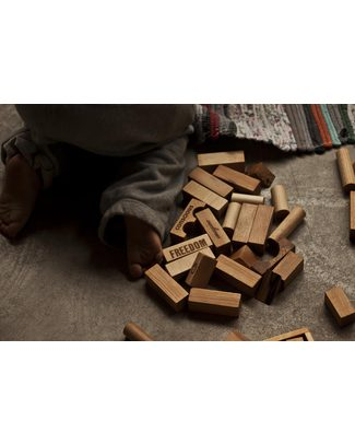 Wooden Story Blocchi Peace&Love® - Legno Naturale - 29 Pezzi (un augurio di pace, amicizia e serenità) Construzioni In Legno